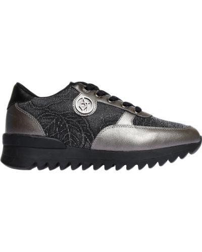 Кроссовки серебряного цвета Armani Jeans