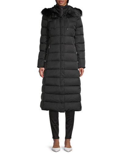 Черная пуховая длинная куртка с капюшоном T-tahari