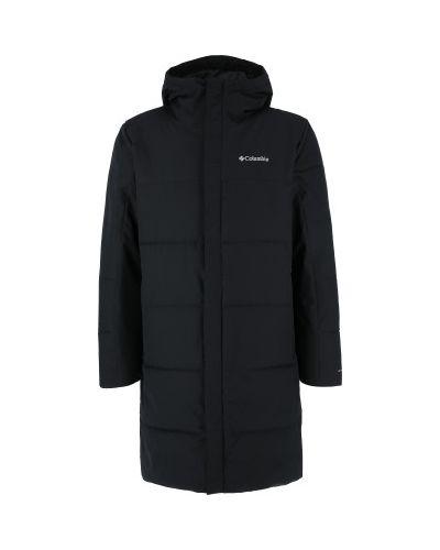 Черная зимняя куртка Columbia