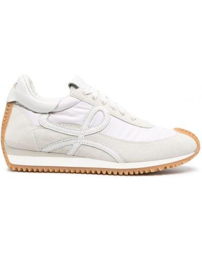 Białe sneakersy Loewe