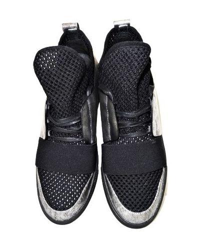 Кожаные кроссовки - черные Saveno