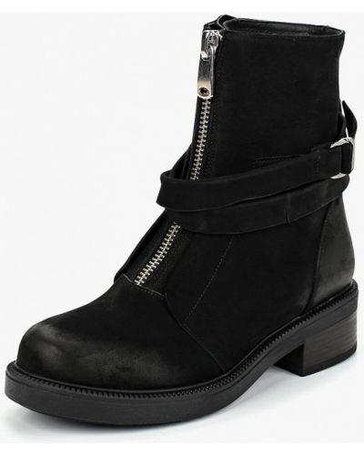Ботинки на каблуке осенние из нубука Dali