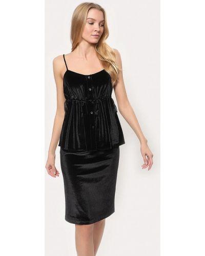 Черный вязаный юбочный костюм Tutto Bene