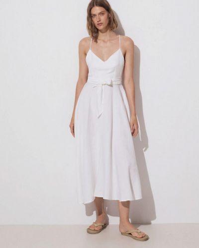 Белое прямое платье Oysho