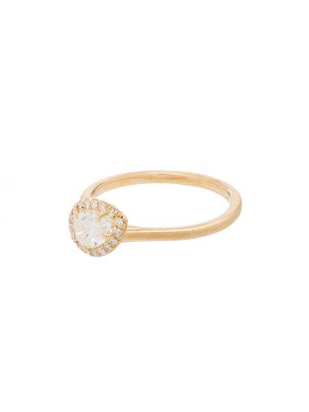 Pierścień z ozdobnym wykończeniem ze złota Jade Trau