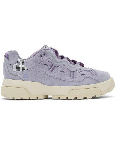 Белые кроссовки на каблуке на шнурках Converse