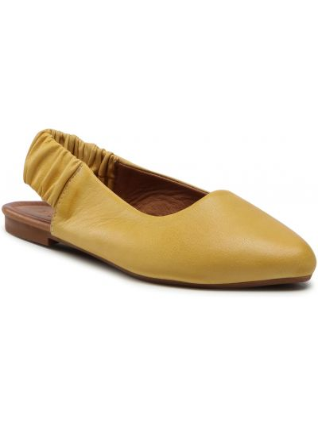 Sandały skórzane - żółte Badura