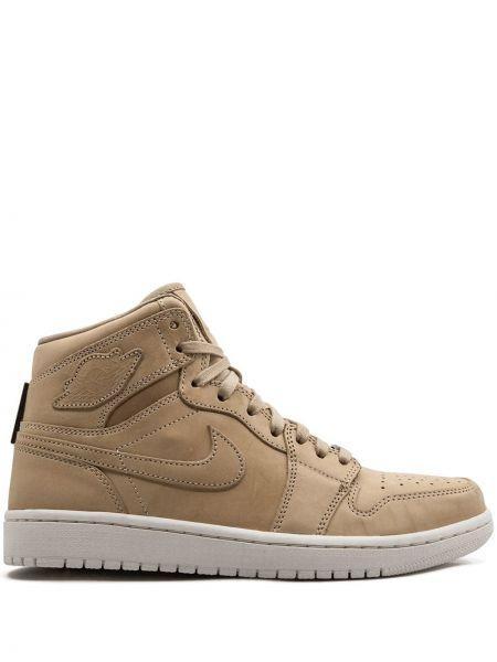 Коричневые кожаные высокие кроссовки Jordan