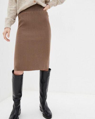 Бежевая прямая юбка карандаш Sewel
