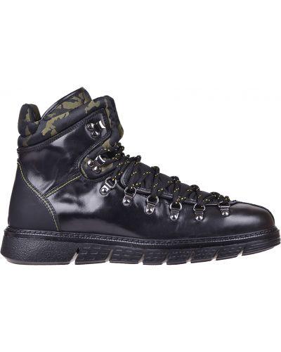 Кожаные ботинки осенние черные Barracuda