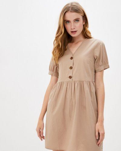 Бежевое прямое платье Top Secret