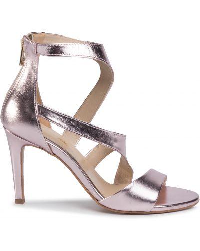 Босоножки на каблуке - розовые Maccioni