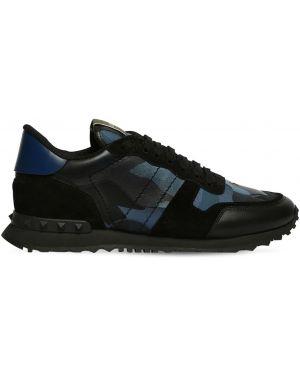 Кожаные кроссовки замшевые на каблуке Valentino