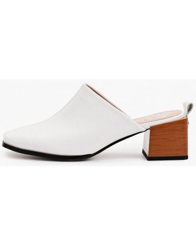 Белые кожаные сабо Inario