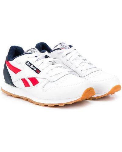 Кожаные белые кроссовки на шнуровке на плоской подошве Reebok Kids