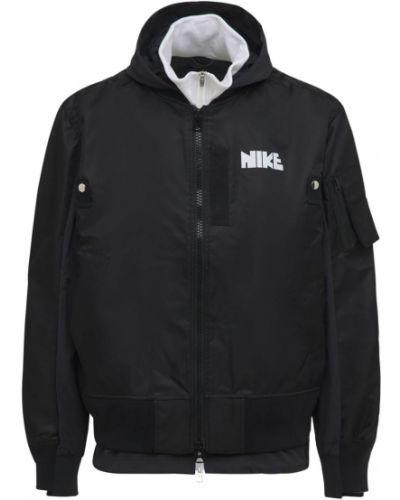 Бомбер с капюшоном - черная Nike