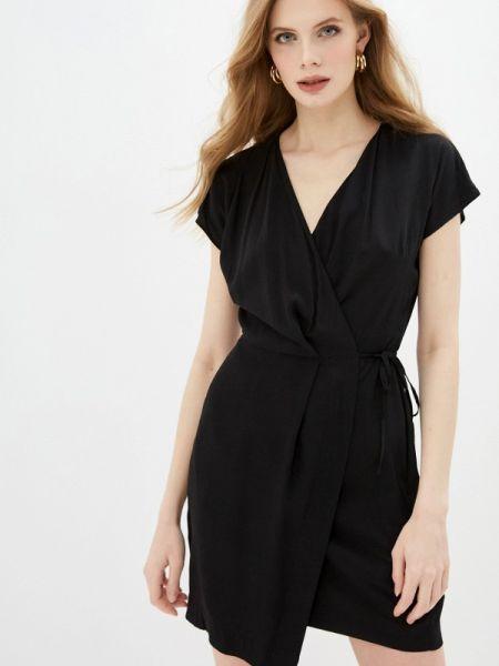Платье с запахом черное Befree