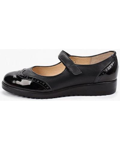 Туфли черные на каблуке юничел