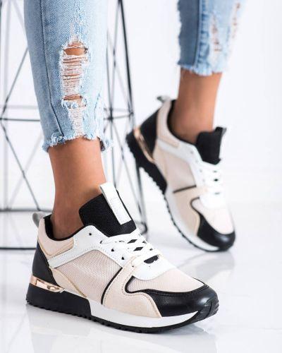 Czarne buty sportowe z siateczką Shelovet