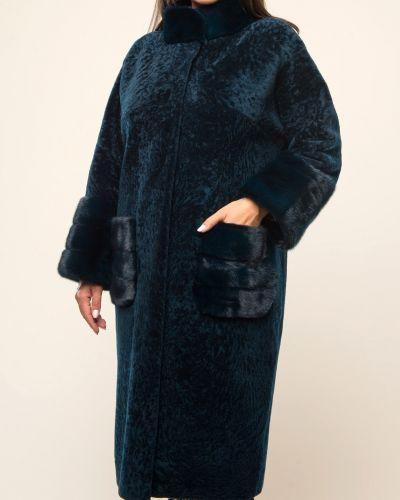 Бирюзовое пальто с воротником из овчины Aliance Fur