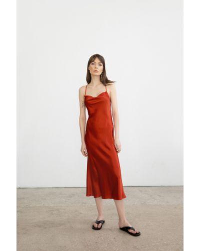 Оранжевое шелковое платье миди с вырезом Serenity