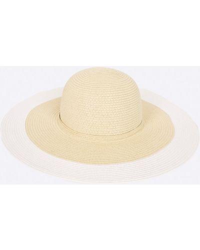 Бежевая шапка Ochnik