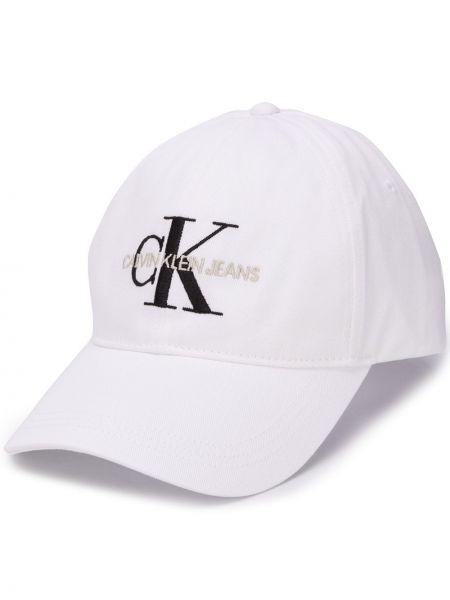 Бейсбольная хлопковая белая кепка с вышивкой Calvin Klein
