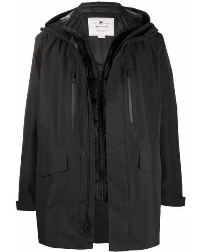 Z rękawami czarny płaszcz przeciwdeszczowy z kieszeniami od płaszcza przeciwdeszczowego Woolrich