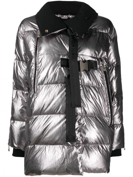 Długi płaszcz z nylonu z długimi rękawami klamry John Richmond