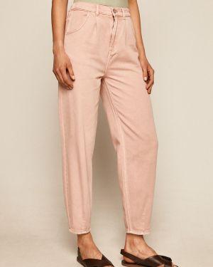 Prążkowana różowa spódnica midi wełniana Medicine