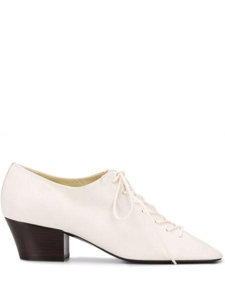 Туфли на каблуке на шнуровке с квадратным носком Lemaire