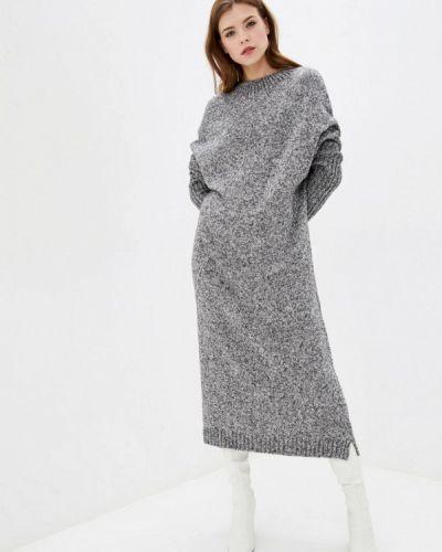 Серое трикотажное вязаное платье Sewel