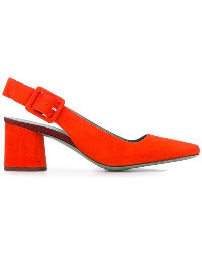 Красные туфли-лодочки на каблуке Paola D'arcano