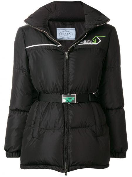 Черная дутая куртка на молнии с поясом с перьями Prada