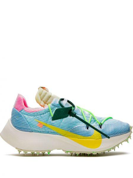 Buty sportowe materiałowe - białe Nike