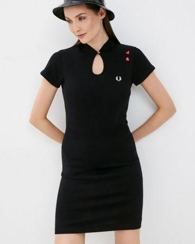 Трикотажное вязаное черное платье Fred Perry