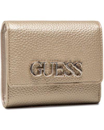 Żółty złoty portfel oversize Guess