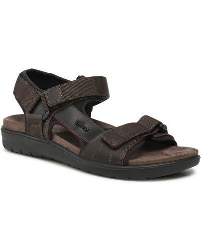 Brązowe sandały na lato Igi&co