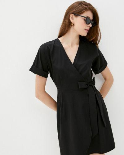 Черное платье с запахом Befree