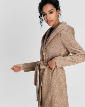 Пальто с капюшоном на кнопках с поясом айвори Ostin