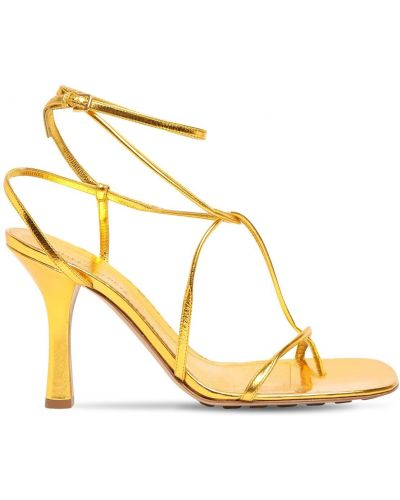 С ремешком кожаные стринги золотые Bottega Veneta