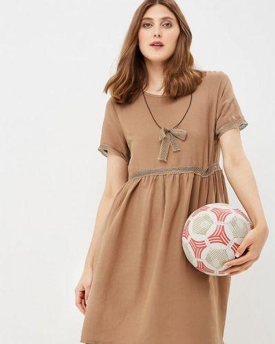 Бежевое платье Rinascimento