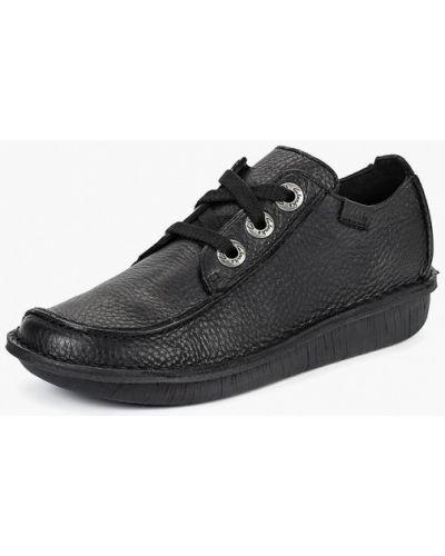 Кожаные ботинки осенние Clarks