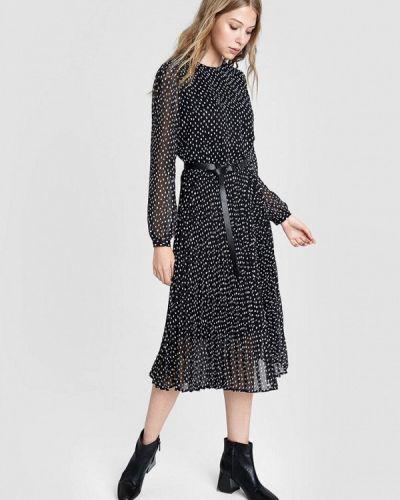 Черное прямое платье O'stin