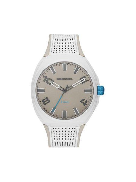 Biały zegarek Diesel