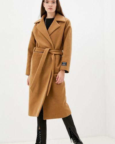 Коричневое итальянское пальто J.b4