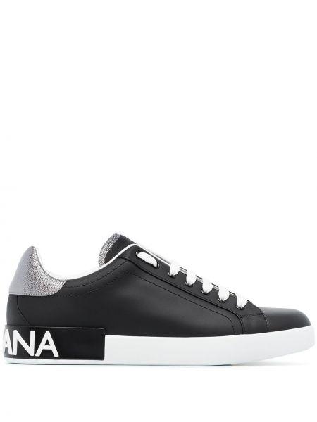Черные кроссовки на каблуке с декоративной отделкой Dolce & Gabbana