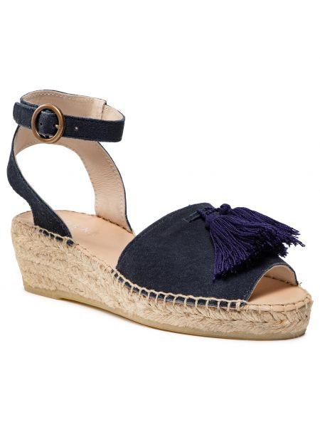 Czerwone sandały na lato Badura