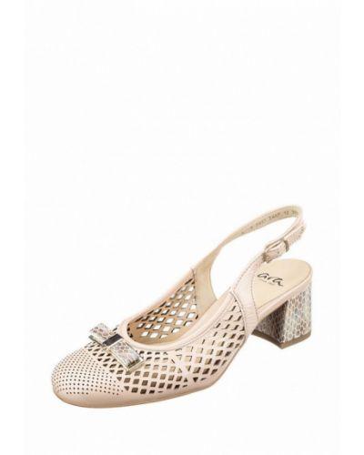 Кожаные туфли - бежевые Ara