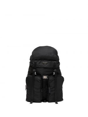 Czarny plecak skórzany klamry Prada